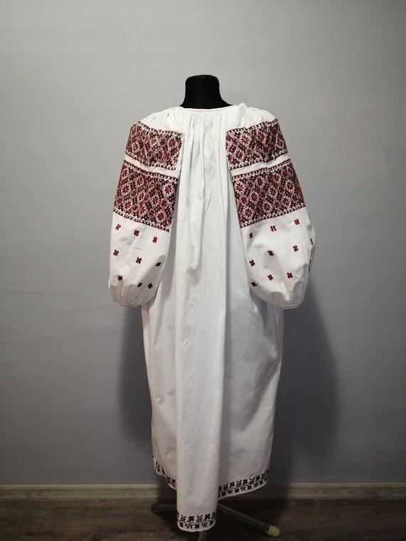 Vintage traditional Ukrainian embroidered dress V… - image 7