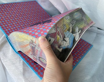 Alice in Wonderland Book, Fore Edge Painting, Vanishing Painting, gift for book lovers, Christmas present, unique gift, holographic edge,