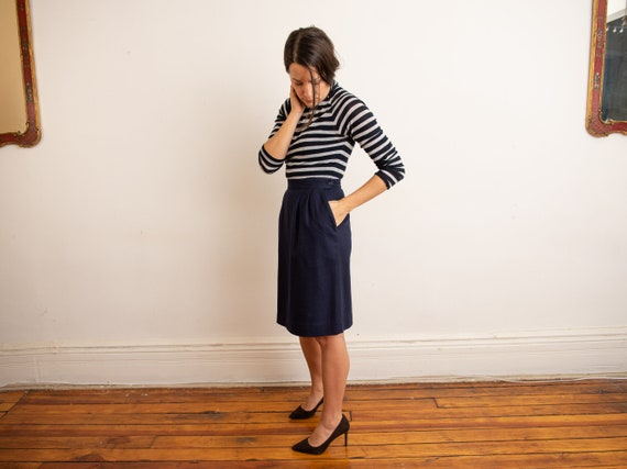 navy wool classic slim A-line skirt