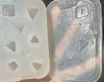 Homemade polyhedral dice rubber mold for DnD