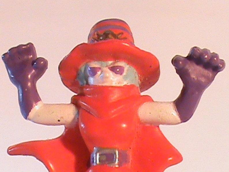 3 Vintage H-T 00 Bandai POKEMON Figurines