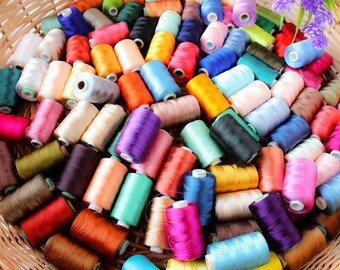 FILO da ricamo Uncinetto Lavoro a Maglia Filato viscosa per macchina Art Craft Jewlery