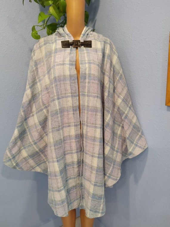 Handmade in Ireland chenille plaid hooded cape pon