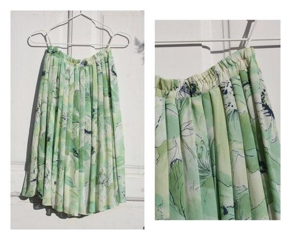 Vintage Pleated Midi Skirt • 80s Skirt • Green Mid