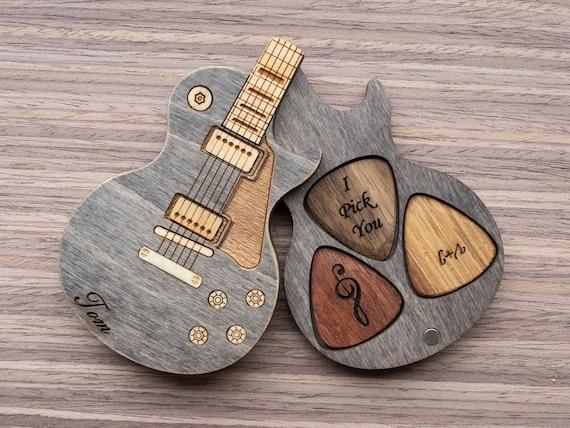 2-PICKS Albertband Personalized Guitar Wood Picks Box Guitar Pick ...