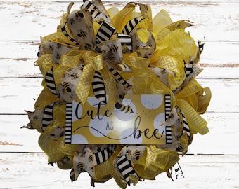 Bumble Bee Wreath Door Hanger, Spring Bee Wreath, Summer Bee Wreath