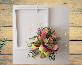 Floral Frame Door Hanger, Arrangement
