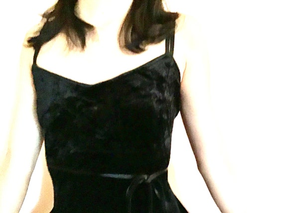 Super Sexy 1990s Express  Black Velvet Slip Dress - image 3