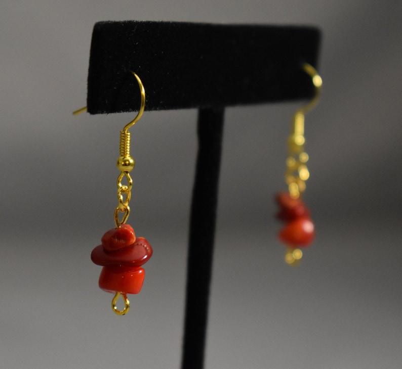 Red Crystal Chip Dangle Earrings