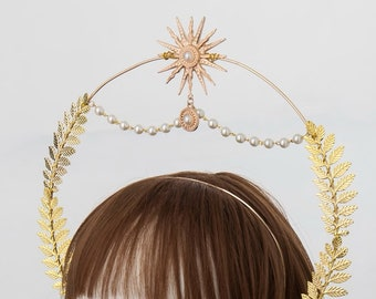 Beyonce Festival Star Burst Bridal Halo, Headpiece in Gold OSIRA