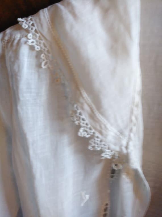 Antique Edwardian Lace Trimmed Women's Blouse - image 4