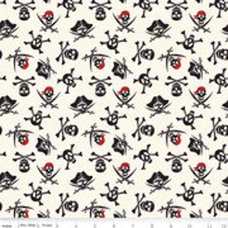 PIRATE TALES Pirate Skulls By Riley Blake Designs 100/% Quilting Cotton Sold By The Half Yard For Quilting Sewing Crafts And More!