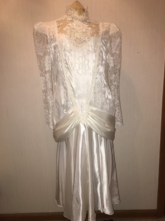 80s does 1920s drop waist ivory satin and lace Vic