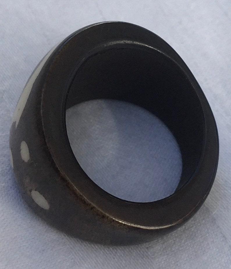 Size 7, 8, 8 12, 10 Slightly Old Nepalese Black Bone Ring w Soundwave /& Three Dots Motif