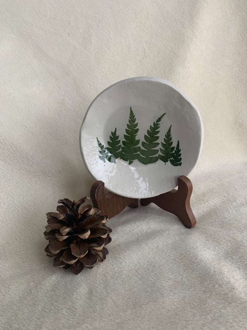Woodland gift Gift for her Pressed fern Dish Nature Lover gift Home office storage Clay Dish Real Pressed Ferns Jewelry storage