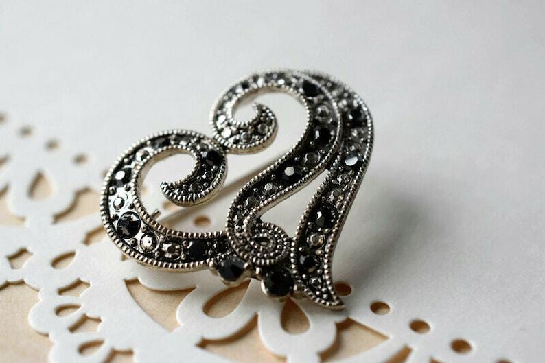 Valentine/'s Gift for Women Vintage Silver Heart Scarf Clip Designer Statement Faux Black Diamond Heart Brooch