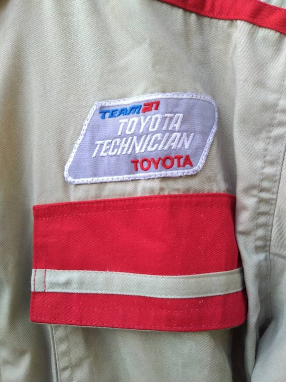 Toyota coveralls not TRD WRC Nismo F1 racing - image 4