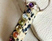 Beautiful 7 Chakra Dalmatian Jasper Stone Stone Crystal 6 Faceted Double Point Pencil Necklace Pendant