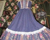 Gunne Sax Style Vintage Navy Calico Lace 1970s Prairie Peasant Dress, XS