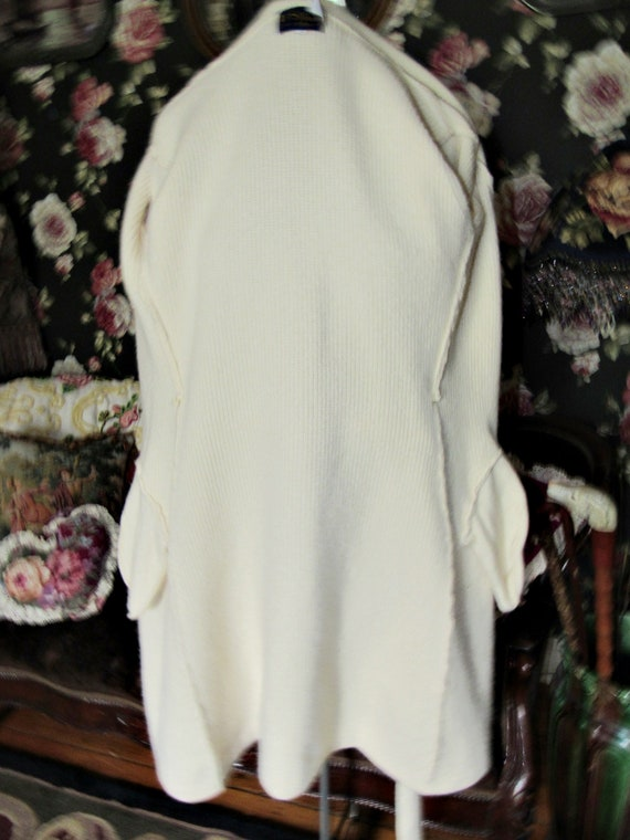 Cottagecore Cozy Vintage Soft Ivory Lambswool Ang… - image 9