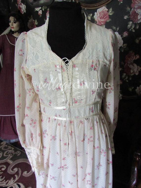 Secret Rose GUNNE SAX Lace Corset Style Vintage 1… - image 4
