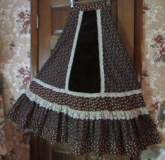 Autumn Goddess Brown Calico Velveteen Gunne Sax Gu