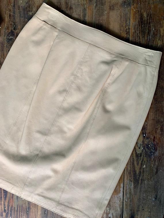 Tan Leather Skirt // Vintage Doncaster // Women's