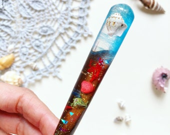 Unique wooden crochet hook with seashell and resin