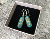 Fused glass earrings, turquoise and french vanilla