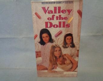 Neely O/'Hara Art Print by Wayne Hollowell Valley of the Dolls Patty Duke Jacqueline Susann Sharon Tate Barbara Parkins Anne Welles Pills