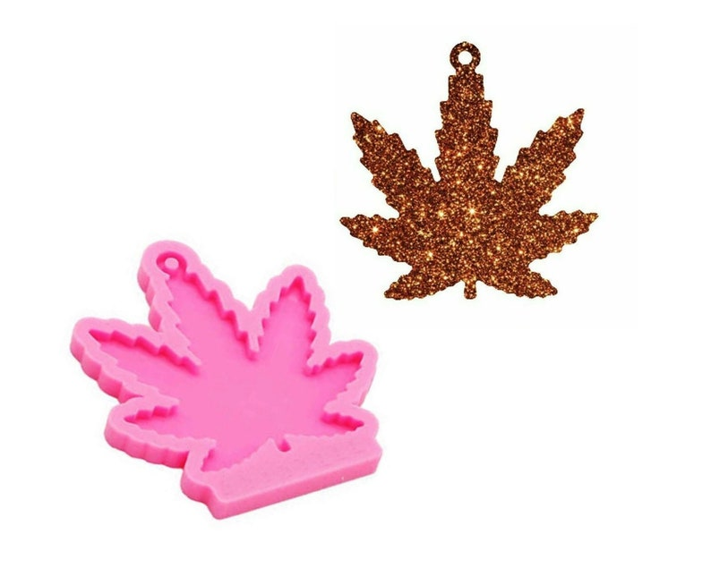 suitable for clay,DIY Jewelry Making Epoxy Resin Mold Shiny Maple Leaf  keychain Silicone Mold Maple Leaf Keychain Mold,Pendant molds