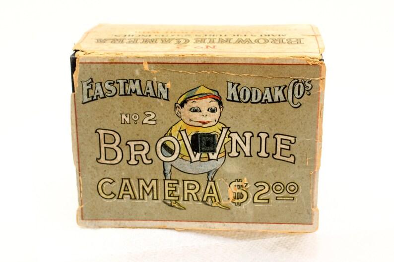 Antique Kodak Box Brownie No. 2 Model B Wood & Paper Body image 0