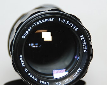 Pentax Super Takumar f3.5/135 - M42 Lens