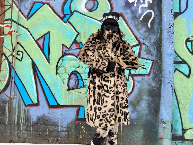 overcoat Retro style faux Fur Animal Print Coat Long coat Warm coat Vegan fur coat fitted Black beige size S-M Hipster Boho
