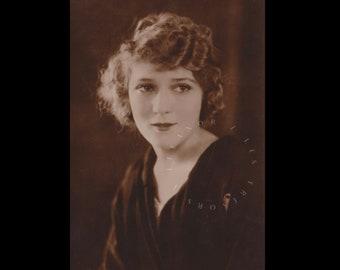 Vintage postcard ∙ Mary Pickford