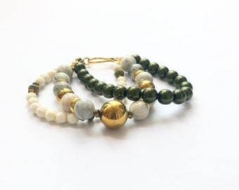 Z- Women's bracelet, handmade bracelet on 3 gold iron threads, Czech Druk green glass beads, Amazonit, ametyst, home made