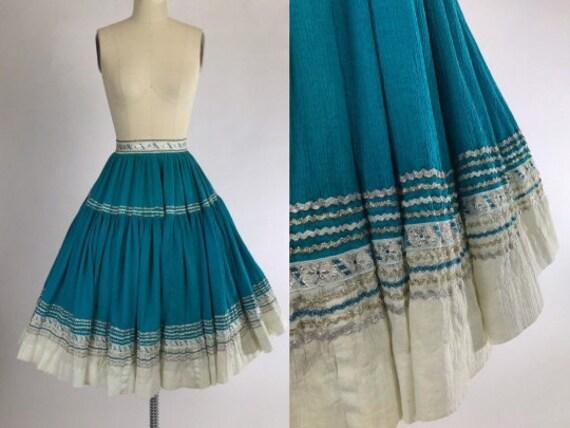 Vintage 50s Fiesta Skirt // 1950s Circle Patio Ski
