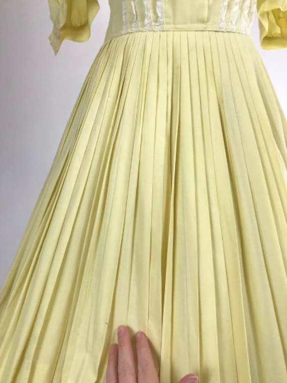 Vintage 1950s Shirtwaist Dress // 50s Cotton Day … - image 6