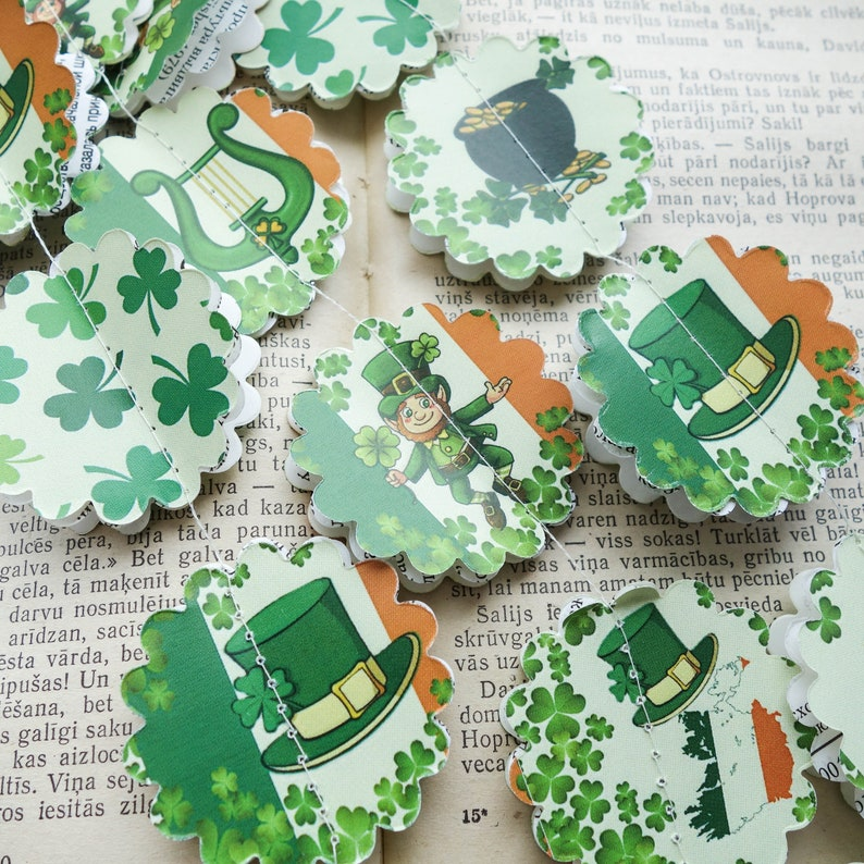 St Patricks banner St Patricks day gift St Patricks day garland St Patricks backdrop St Patricks decorations Irish paper garland