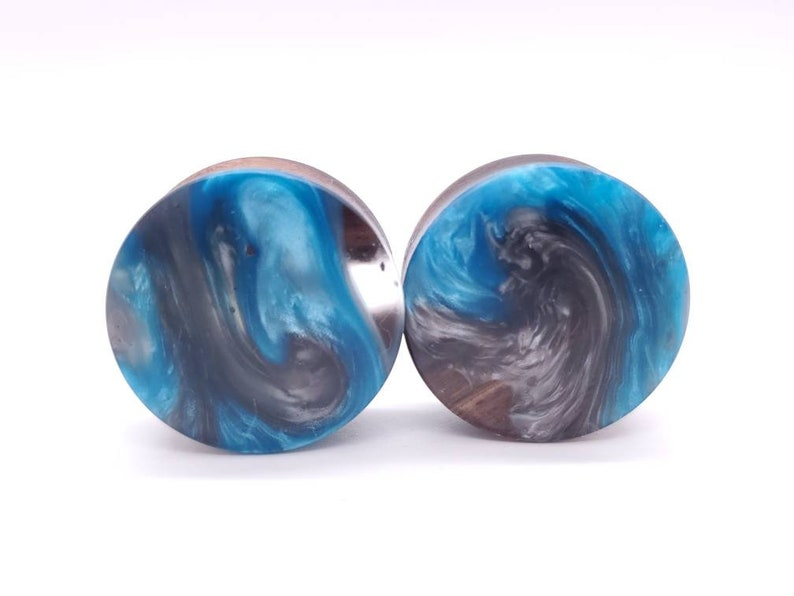 Handmade Resin and Walnut Double Flare Plugs gauges Earrings jewelry 1 14 32mm