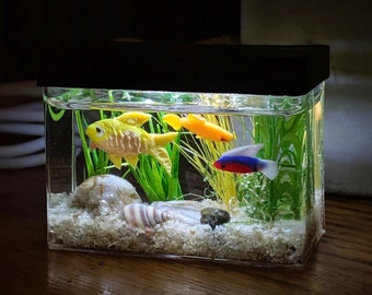 Made to Order miniature aquarium with optional lighted hood, custom. dollhouse or nightlight 1:12 scale