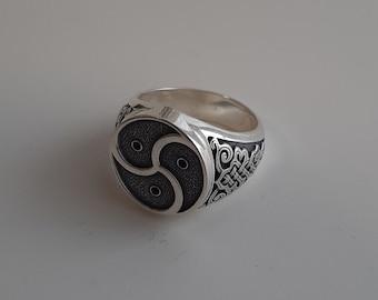 Bdsm ring Sterling silver TRISKELION ring Bdsm symbol silver ring Silver celtic ring BDSM style ring BDSM jewelry Triskele style