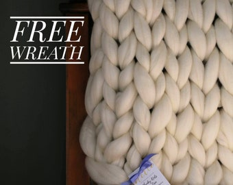 Chunky Knit Gift Set with FREE Wreath