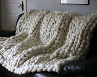 Acrylic Chunky Knitted Blanket