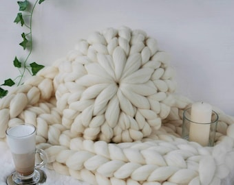 Super Soft Merino Wool Chunky Knit Cushion