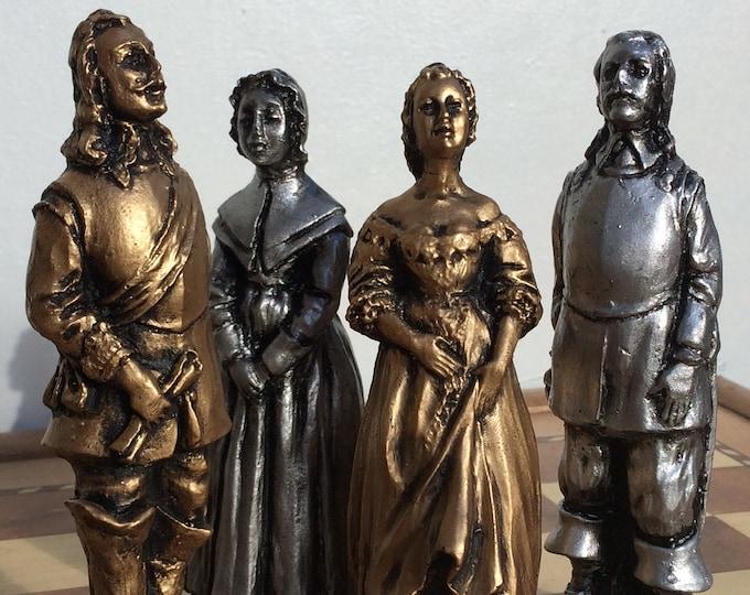 English Civil War Chess Set -  Caviller's Verses Round Heads Chess set - Antique Metallic Effect (Chess pieces Only)