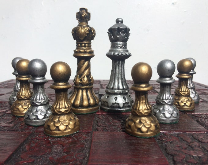 Stunning Ornate Staunton Chess Set - Metallic Antique Aged Effect - Chess Pieces Only