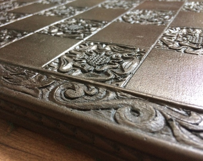 Large Chessboard - York Rose Gothic Motif with Engraved Border - 45cm x 45cm with 5cm Squares - Replica Vintage reproduction