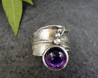 Brutalist ring for woman, adjustable Amethyst ring, boho rustic ring , oxidized silver ring with stone,  artisan ring.