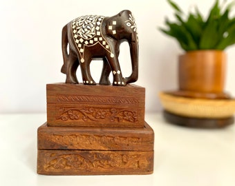 """Wooden Elephant Ornament Carving 9/"""" Vintage Style Sawasdee Greeting Hand Carved"""